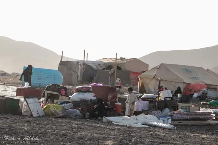 450 أسرة نزحت من المخيمات منذ بداية 2021.. الهجرة الدولية: نزوح أكثر من ألف يمني في أقل من أسبوع