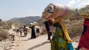الصليب الاحمر :83% من نازحي اليمن جراء الحرب هم من النساء والأطفال