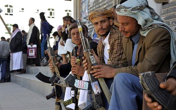 جماعة الحوثي تعين وزيرا للعدل في حكومتها