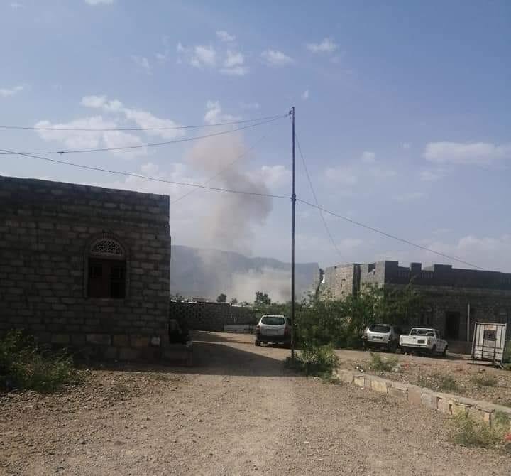 """هجوم بصاروخ باليستي يستهدف مقر قيادة اللواء """"115 مشاه"""" في لودر ولا خسائر في الأرواح"""