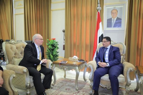 """وزير الخارجية لـ""""ليندركينج"""": وقف التدخل الإيران ولجم عدوان الحوثي هو السبيل الوحيد لتحقيق السلام"""