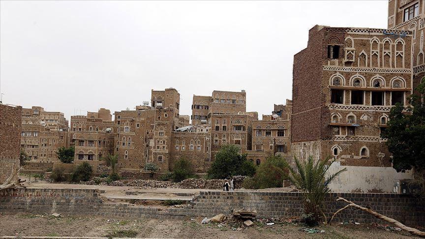 الحوثيون يعلنون تعيين سفير لهم في إيران