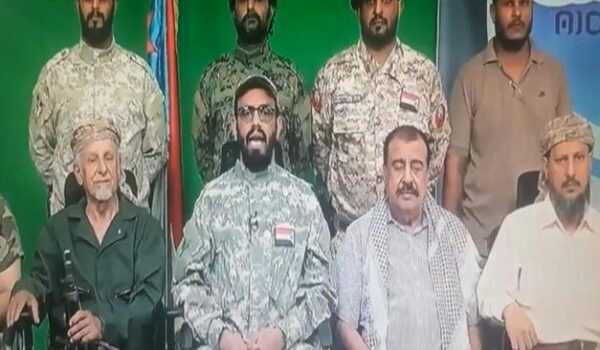 في مقال بصحيفة سعودية.. وزير كويتي سابق يدعو لإنفصال اليمن وتنحية هادي