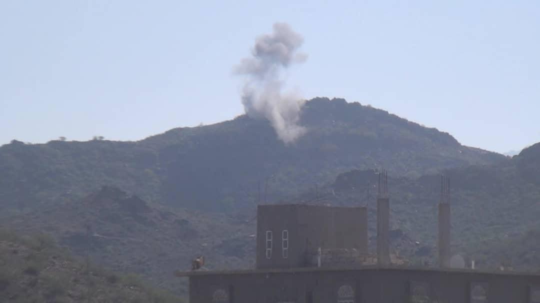 طيران التحالف يدمر تعزيزات عسكرية للحوثيين في باجة غرب الضالع