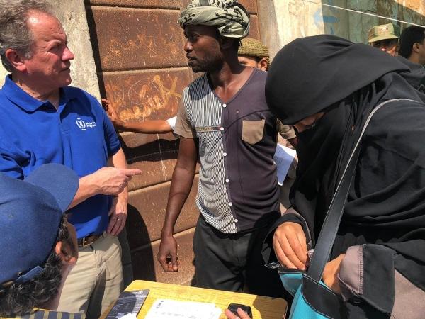الغذاء العالمي يتهم الحوثيين بمنع دخول شحنة غذائية لـ 100 ألف عائلة