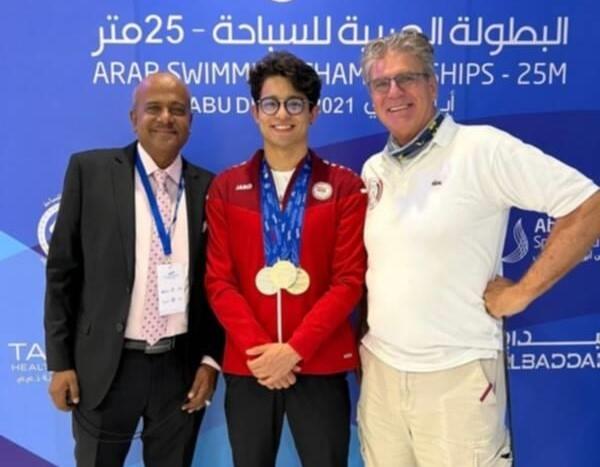 سباح يمني يقتنص ذهبية جديدة في البطولة العربية