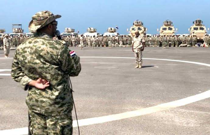 """قوات طارق صالح والعمالقة تدفع بتعزيزات عسكرية كبيرة إلى عدن وأبين دعماً لقوات """"الانتقالي"""""""