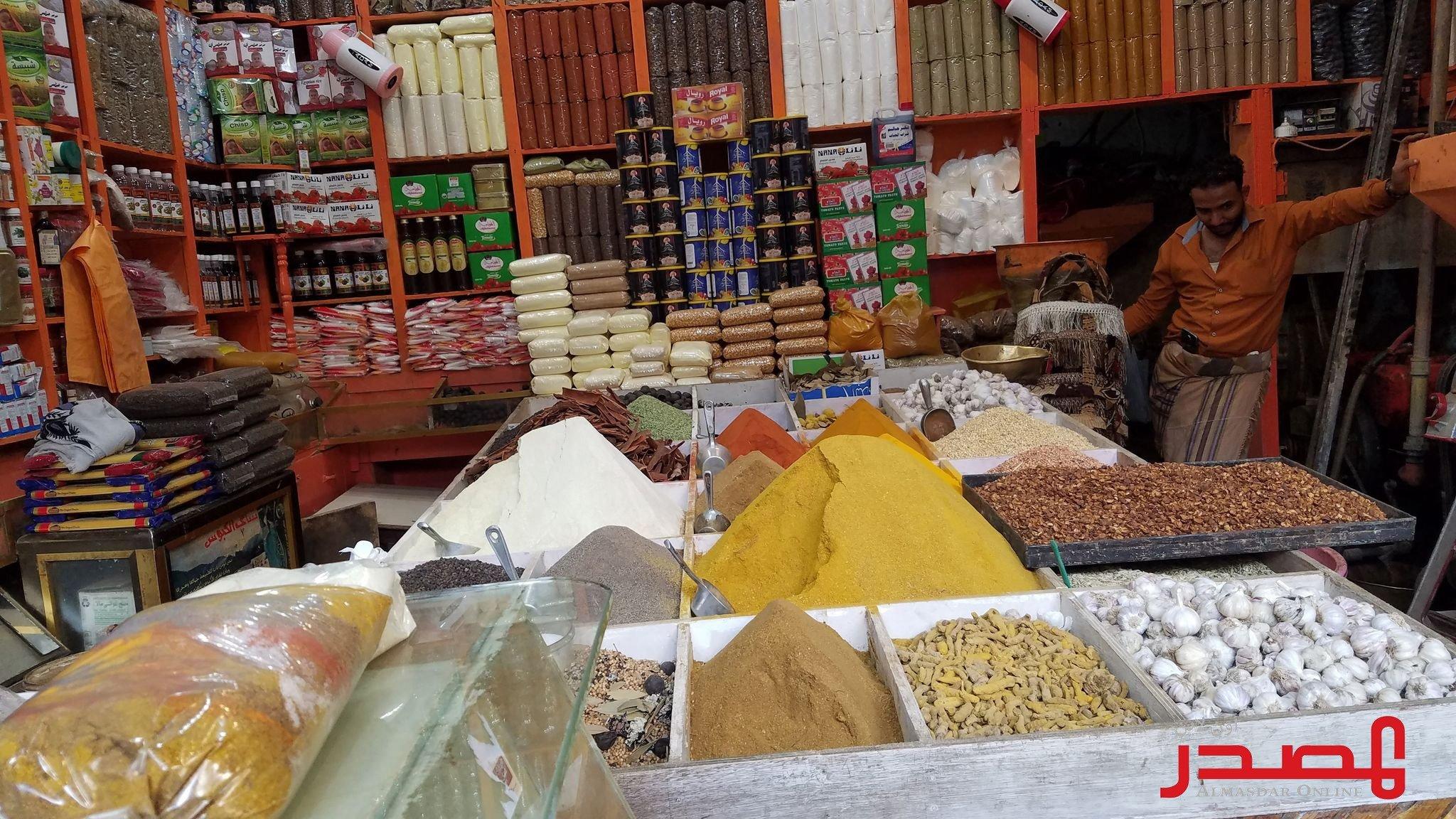 الأغذية العالمي يحذر من التراجع الاقتصادي السريع في اليمن ويقول إن السلام وحده قادر على وقف تدهور الأوضاع