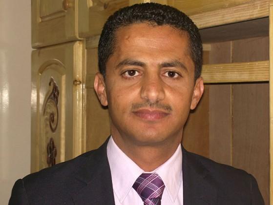 علي البخيتي : علي محسن الأحمر